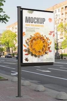 Mockup di pubblicità urbana all'aperto