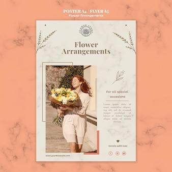 Modello di poster verticale per negozio di composizioni floreali