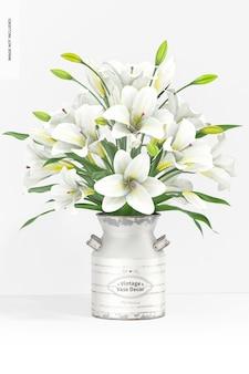 Decoro vaso vintage con fiori mockup