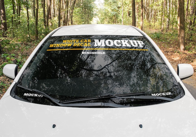Mockup di decalcomanie per vetri auto bianche