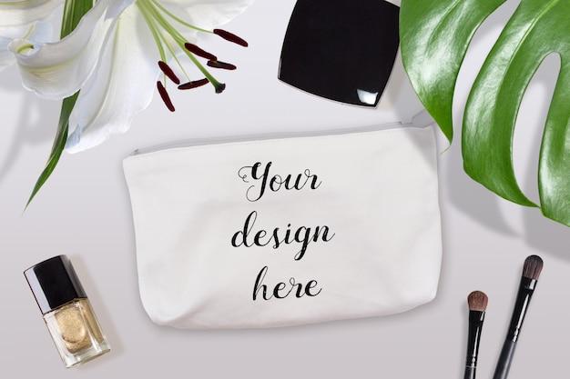 Mockup di borsa cosmetica in cotone bianco