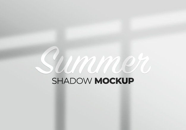 Le ombre della finestra sovrappongono lo sfondo del mockup