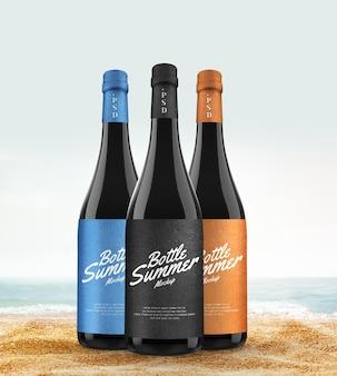 Modello di bottiglia di vino sulla spiaggia on