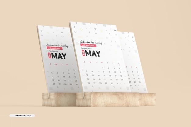 Mockup di calendario da scrivania in legno