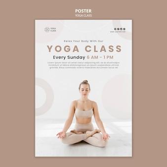 Modello di poster per la pratica della lezione di yoga