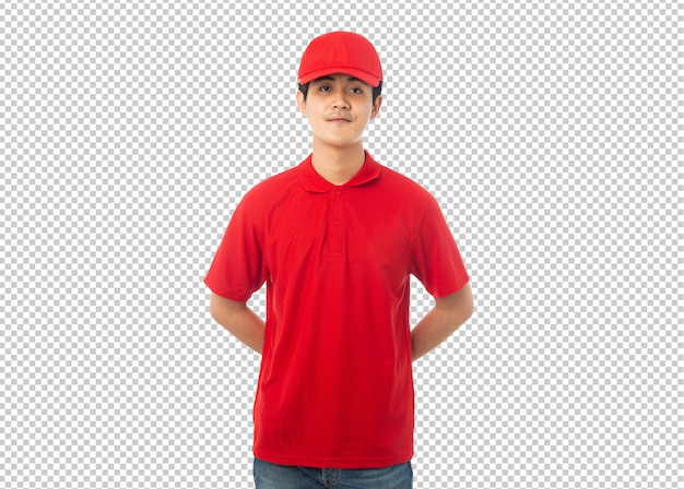 Giovane uomo di consegna con uniforme rossa