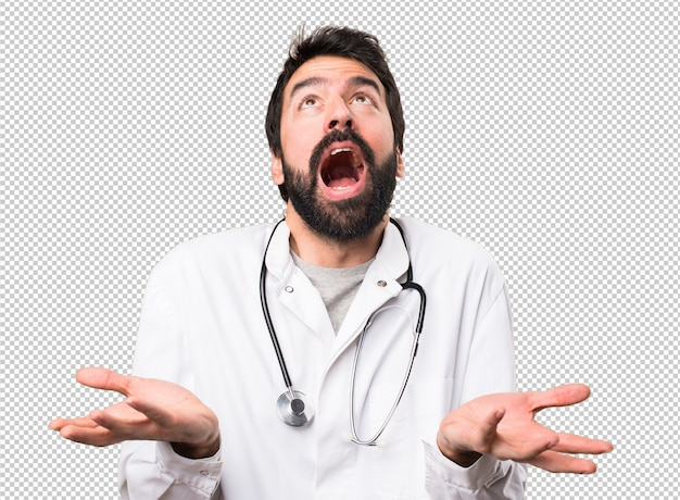 Giovane dottore implorando