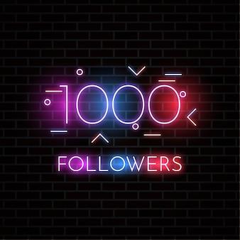 Design da 1000 follower