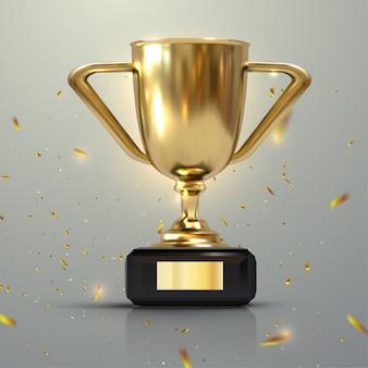 Tazza dorata realistica 3d isolata su fondo bianco. trofeo di campionato circondato da coriandoli che cadono. premio del torneo sportivo