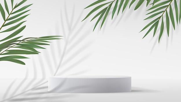 3d rendono il podio bianco con foglie di palma verdi con ombre su sfondo bianco
