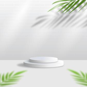 Esposizione bianca del podio 3d con le foglie tropicali