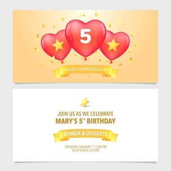 Illustrazione vettoriale di 5 anni anniversario invito. elemento modello di design con elegante sfondo romantico per il quinto matrimonio, matrimonio o biglietto di compleanno, invito a una festa