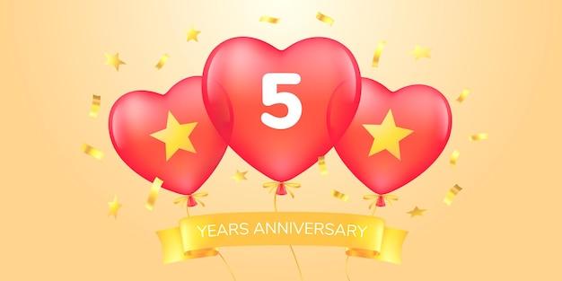Icona del logo vettoriale dell'anniversario di 5 anni banner modello con mongolfiere per il biglietto di auguri del quinto anniversario