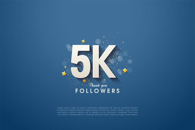 5k follower con numero 3d e leggermente ombreggiato su sfondo blu navy.