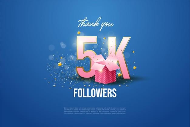 5k follower con numero e lettere illustrati sul retro della confezione regalo.