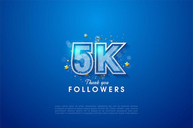 5k follower con numero bordato di bianco su sfondo blu scuro graduato.