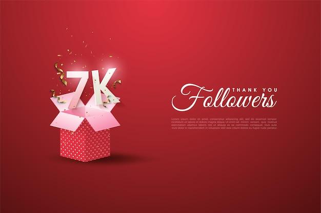 Sfondo di 7k follower con un'illustrazione del numero sulla confezione regalo aperta.