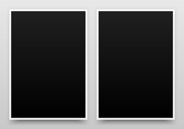 Mockup di modello realistico di poster neri a2 con margini di sfondo chiaro ombra realistico