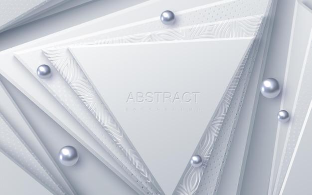 Sfondo astratto con forme geometriche triangolari bianche e perle d'argento