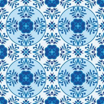 Modello senza cuciture astratto fiore ornamentale blu e bianco.