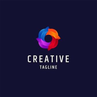 Illustrazione del modello di progettazione dell'icona del logo del gradiente colorato dell'otturatore della fotocamera del cerchio astratto
