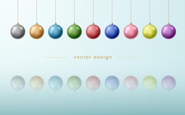 Fondo festivo astratto di natale con le palle di natale colorate isolate