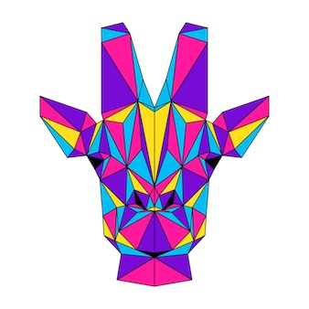 Ritratto poligonale astratto della giraffa. testa di giraffa moderna a basso contenuto di poli isolata su bianco per carta, cartello di clinica veterinaria, invito a una festa moderna, libro, poster, stampa di borsa, t-shirt ecc.