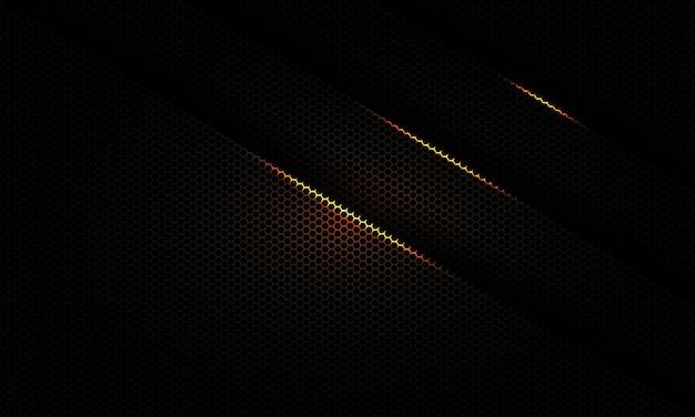 Linea astratta tripla dell'ombra della luce dell'oro su sfondo metallico a maglia esagonale.