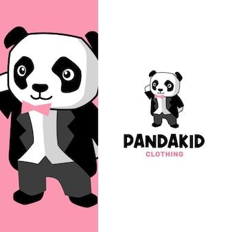 Adorabile piccolo panda con indosso un abito e un modello di logo per l'abbigliamento