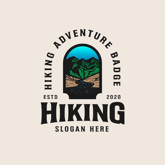 Modello di logo distintivo avventura montagna