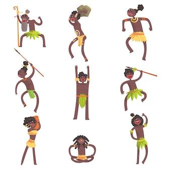 Membri della tribù africana, guerrieri e civili in perizomi di foglie insieme di personaggi dei cartoni animati sorridenti