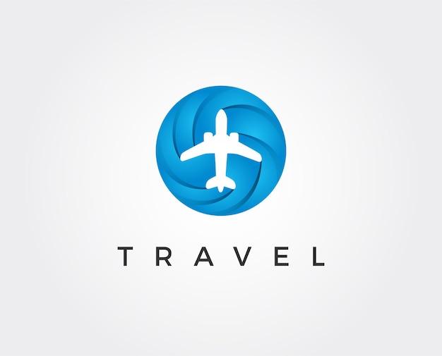 Modello di logo del puntatore del navigatore dell'aeroplano stile dello spazio negativo. air plane aircraft aviation