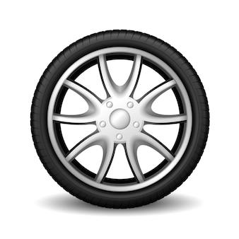 Pneumatico di automobile della ruota di alluminio che corre su bianco