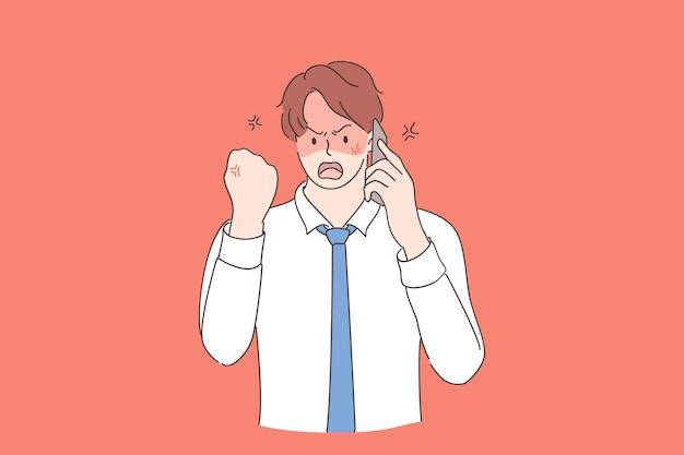 Rabbia, rabbia, concetto di aggressività. giovane uomo d'affari furioso che parla sullo smartphone in ufficio sentendosi infastidito e frustrato, gridando di rabbia e mostrando il pugno