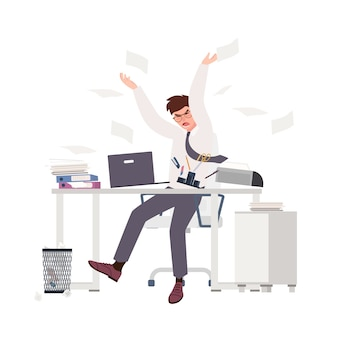 Impiegato maschio arrabbiato che si siede allo scrittorio e che getta i documenti