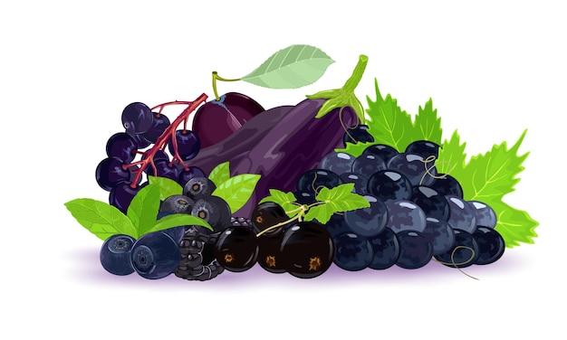 Appetitosa pila di bacche nere, viola scuro e blu fresche e mature