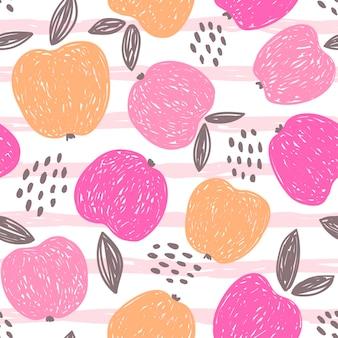 Mele con foglie e punti modello vettoriale senza soluzione di continuità frutta su uno sfondo a strisce rosa