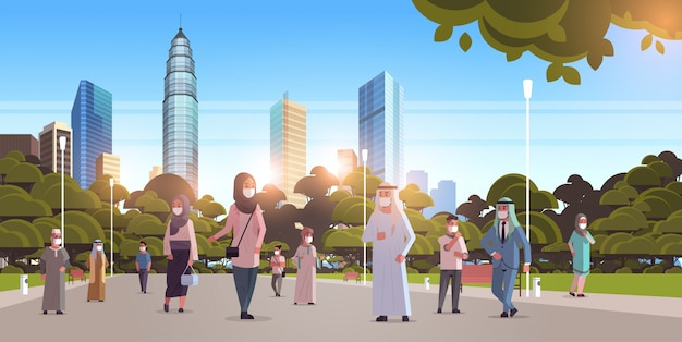 Popolo arabo in maschere a piedi all'aperto concetto di quarantena virus pandemia coronavirus