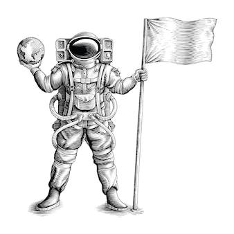 L'astronauta in piedi e con in mano bandiera e globo disegna a mano uno stile di incisione vintage