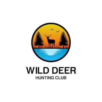 Fantastico design del logo di cervo