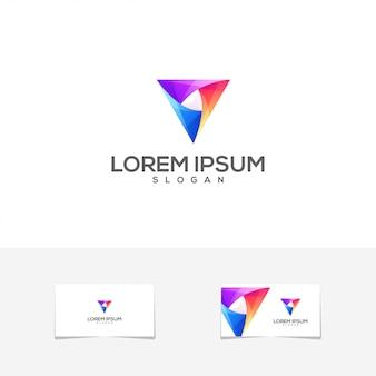Logo del biglietto da visita di colore triangolo impressionante