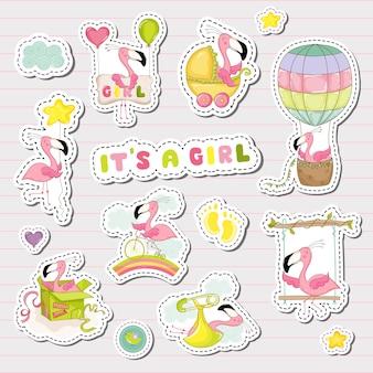 Adesivi per neonate per la celebrazione della festa del baby shower. elementi decorativi per neonato con simpatico fenicottero. illustrazione