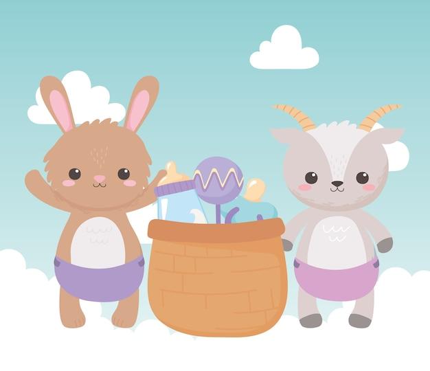 Baby shower, simpatica capra coniglietto con ciuccio sonaglio a cestino e biberon di latte, celebrazione benvenuto neonato