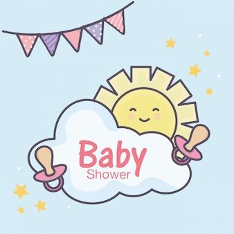 Nuvola del sole dei succhietti della doccia di bambino