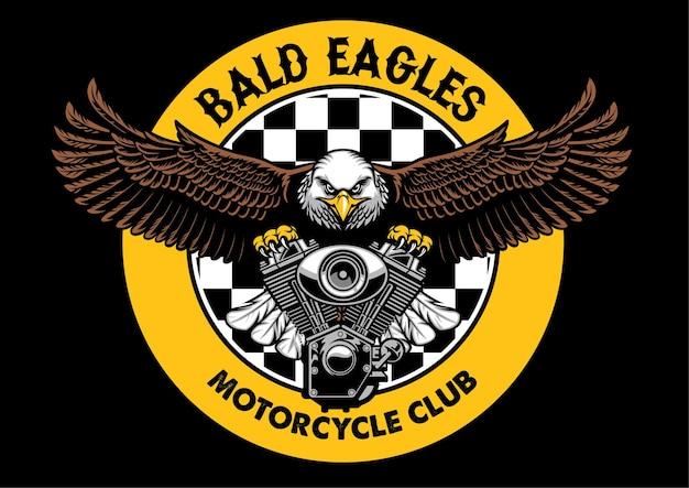 Il distintivo dell'aquila calva afferra il motore della moto
