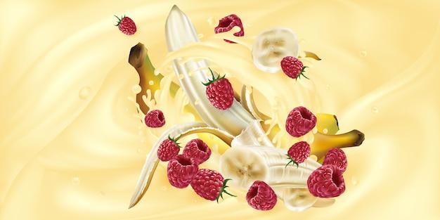 Banane e lamponi in una spruzzata di frappè o yogurt.