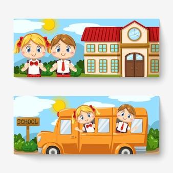 Banner di ragazzo e ragazza che indossa l'uniforme dello studente e la borsa della scuola in piedi davanti alla scuola e seduto sullo scuolabus