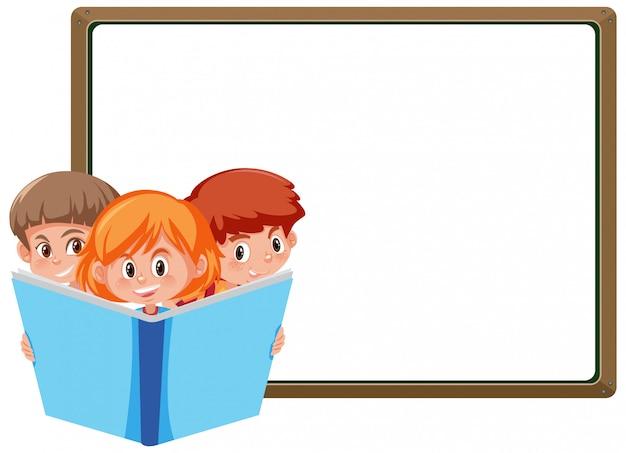 Modello dell'insegna con tre bambini che leggono grande libro