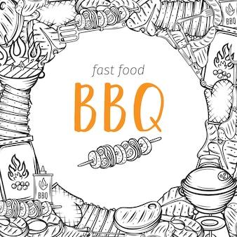 Layout barbecue bbq party con contorno di carne, pollo, pesce, salsiccia e utensili. cibo per il fuoco