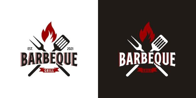 Logo barbecue con logo barbecue e concetto di fuoco